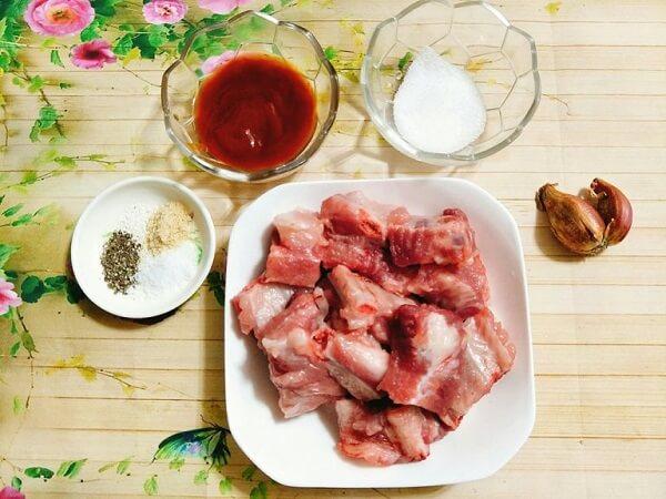 Cách nấu bún sườn chua 1