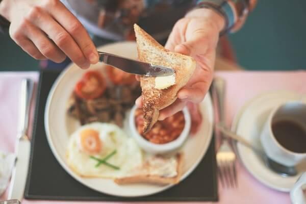 bữa sáng nên ăn gì để giảm cân