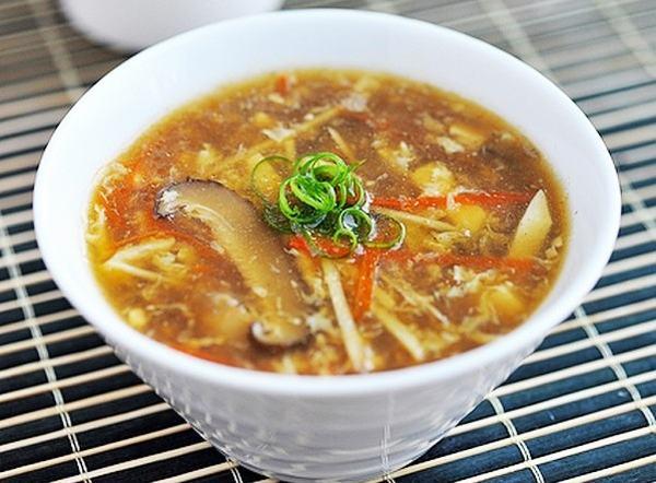Cách nấu súp cua thập cẩm với ức gà, bắp mỹ, măng tây, trứng gà