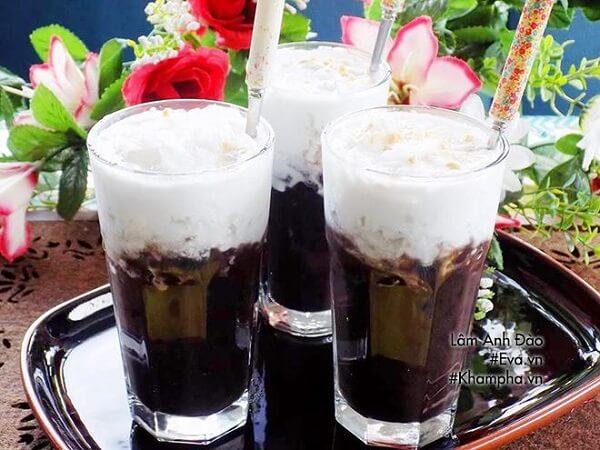 Chè đậu đen nước cốt dừa