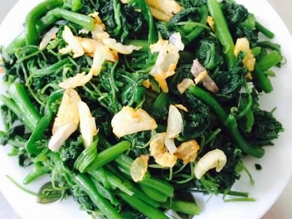 Cách làm rau bí xào tỏi xanh giòn ngon chỉ 4 bước đơn giản ngon cơm gia đình