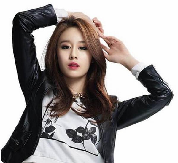 10 Kiểu tóc uốn nhẹ phần đuôi Hàn Quốc đẹp long lanh-hình số-2