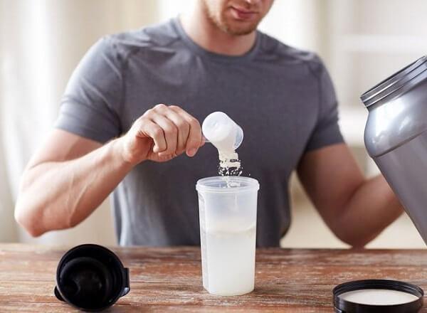 Sữa tăng cơ giúp tăng khối lượng cơ và làm giảm lượng mỡ trong cơ (Ảnh: Native Sun)
