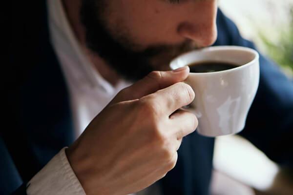 Uống cafe trước khi tập - Thực đơn dinh dưỡng tăng cơ giảm mỡ cho nam tập Gym
