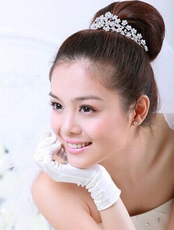 40+ kiểu tóc cô dâu đẹp đơn giản mà đẹp dễ thương trong ngày cưới, kiểu tóc Hàn Quốc cho mặt tròn 8