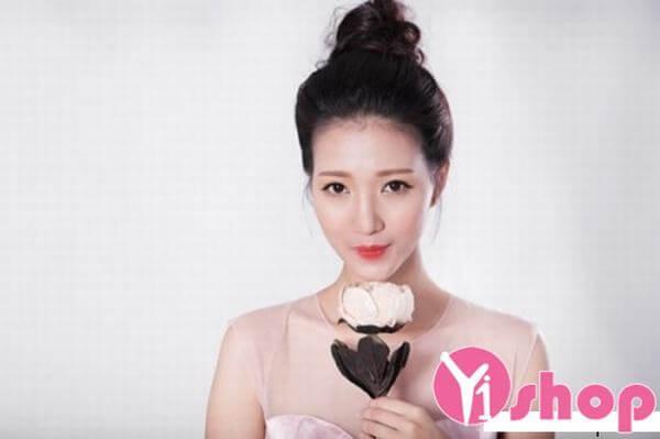 40+ kiểu tóc cô dâu đẹp đơn giản mà đẹp dễ thương trong ngày cưới, kiểu tóc Hàn Quốc cho mặt tròn 9