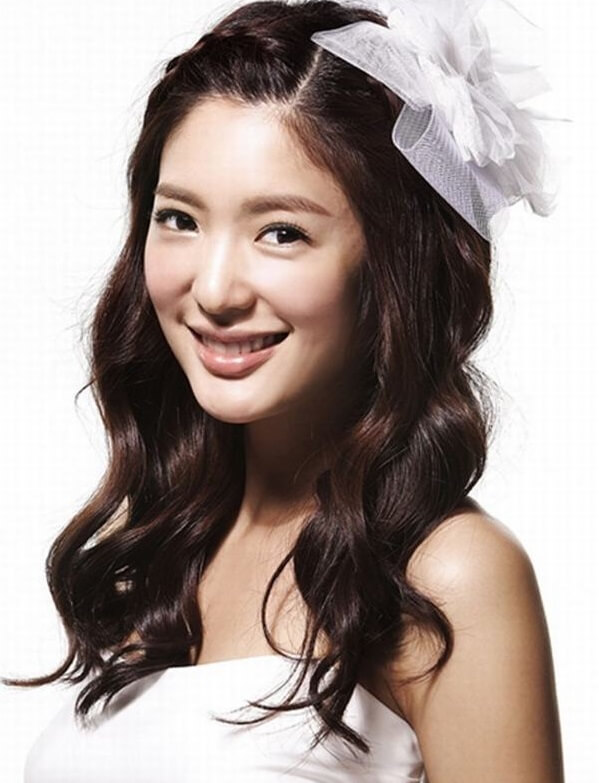 40+ kiểu tóc cô dâu đẹp đơn giản mà đẹp dễ thương trong ngày cưới, kiểu tóc Hàn Quốc cho mặt tròn 2