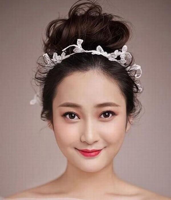 40+ kiểu tóc cô dâu đẹp đơn giản mà đẹp dễ thương trong ngày cưới, kiểu tóc Hàn Quốc cho mặt tròn 6