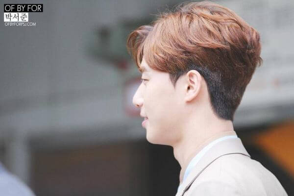Kiểu tóc này cũng rất được yêu chuộng bởi các diễn viên nam Hàn Quốc