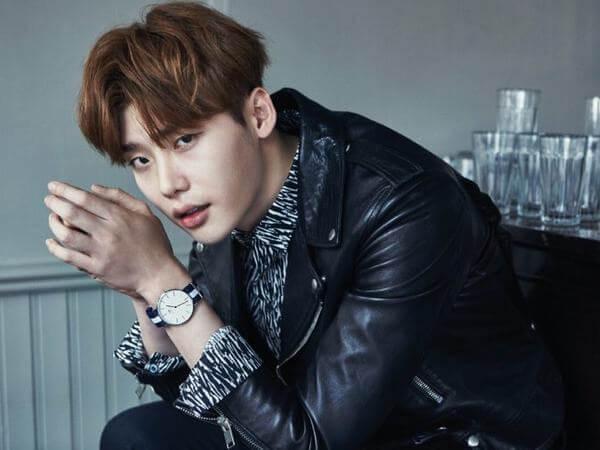 Nam diễn viên Lee Jong Suk đầy lãng tử và quyến rũ