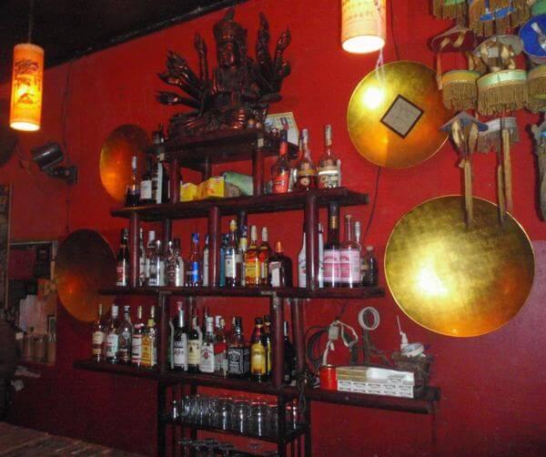 Mao Red Lounghe – Tại Hiên - Các quán Bar bình dân ở Hà Nội - Địa chỉ, giá quán Bar sinh viên