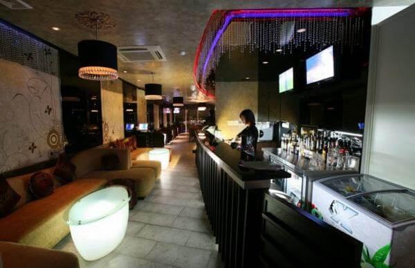 Avalon Cafe Lounge – Cầu Gỗ -Quận Hoàn Kiếm, T.p Hà Nội.