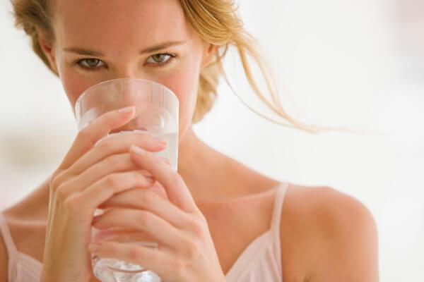 Uống nước mỗi ngày để giải độc và thanh lọc cơ thể
