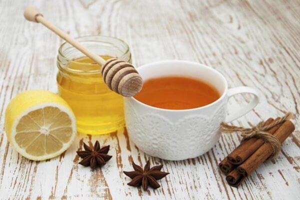 Chanh, giấm táo, mật ong và quế đều là những thực phẩm gắn liền với các cách giảm mỡ bụng nhanh nhất