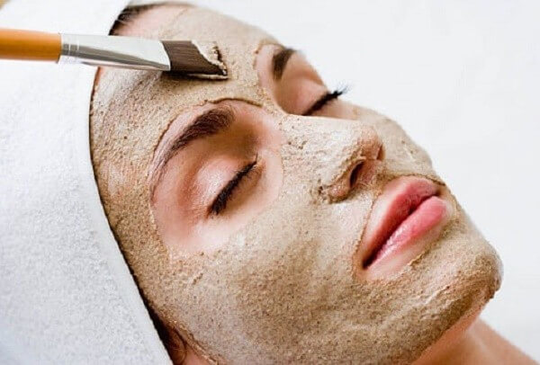 Đắp mặt nạ đậu đỏ để cải thiện làn da