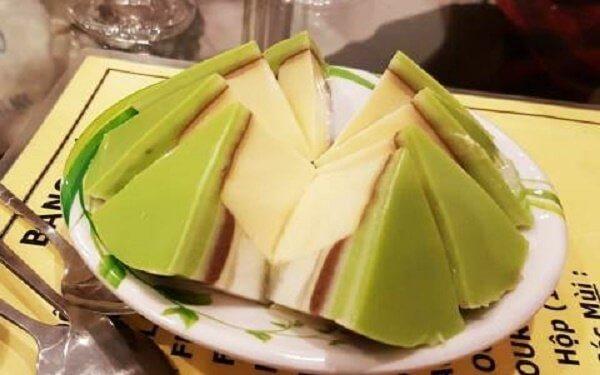 Thêm một chút bột trà xanh để biến tấu công thức lam caramen - Cách làm caramen bằng sữa đặc, sữa tươi bằng nồi cơm điện cho bé tại nhà thành công 100%