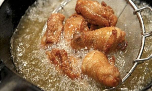 Đùi gà xối mỡ – cách làm gà xối mỡ da giòn
