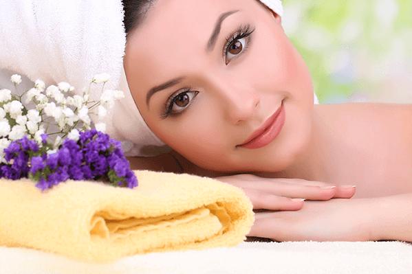 Cách làm trắng da mặt từ nghệ tươi và mật ong, sữa tươi