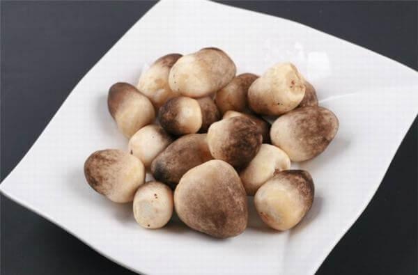 Cách trồng nấm rơm tại nhà bằng ủ rơm, quy trình trồng nấm tại nhà với 6 lưu ý chính