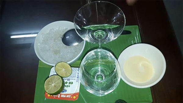 Nguyên liệu làm sữa chua đánh đá truyền thống – cach lam sua chua danh da