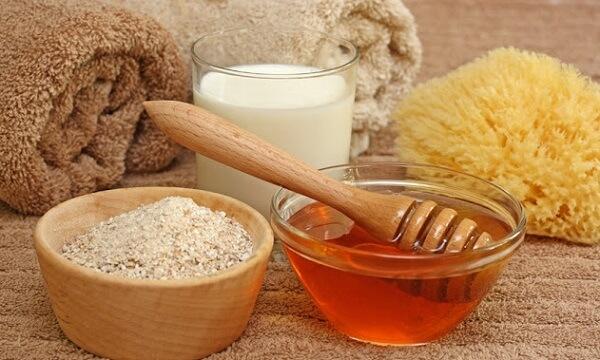 Cách làm trắng da mặt bằng bột cám gạo, đắp mặt nạ cám gạo tự nhiên
