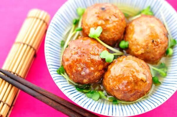 4 cách làm xíu mại: xíu mại miền Nam, xíu mại sốt cà chua ăn bánh mì, xíu mại người Hoa ngon và đơn giản