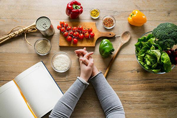 Luôn mang theo đồ ăn vặt - Cách kiểm soát lượng calo trong thức ăn nạp vào cơ thể hằng ngày