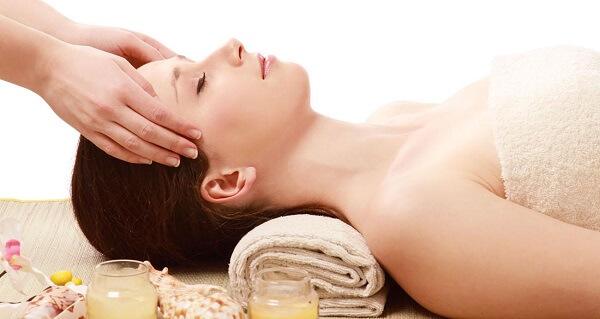 Thường xuyên massage mặt để đạt hiệu quả cao