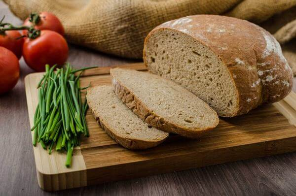 Gợi ý bánh mì đen mua ở đâu tphcm ngon và rẻ nhất? 2