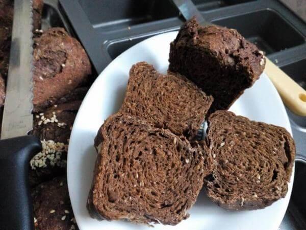Gợi ý bánh mì đen mua ở đâu tphcm ngon và rẻ nhất? 4