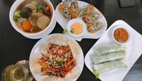 Gợi ý những quán ăn chay Quận 1 hút khách nườm nượp 13