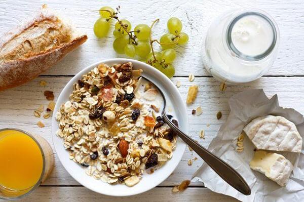 Nguồn: cheatsheet.com - Gợi ý thực đơn clean eating tăng cơ giảm mỡ 7 ngày trong tuần