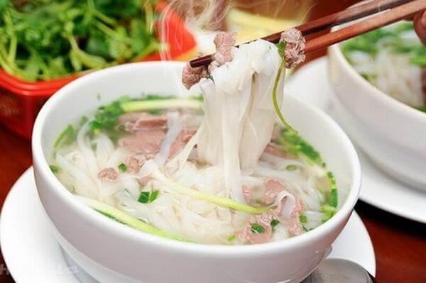 Món phở Hà Nội ở Hoàng Văn Thái