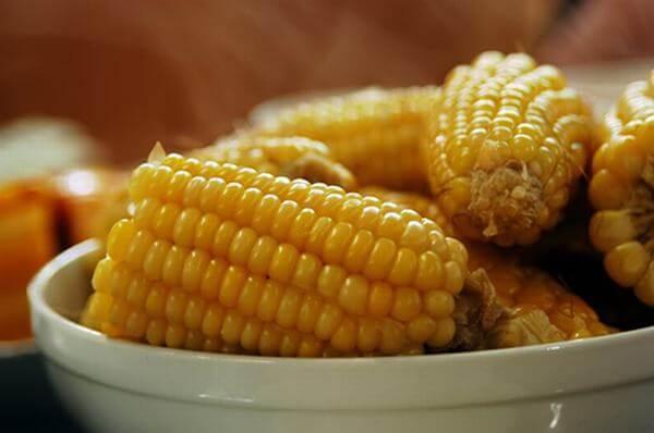 3 thực đơn giảm cân bằng ngô luộc, ăn ngô nếp luộc nhiều có béo không, ăn thế nào giúp giảm cân?
