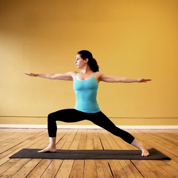 Động tác yoga Warrior II, bước tiếp theo sau khi hoàn thành Động tác yoga Warrior I