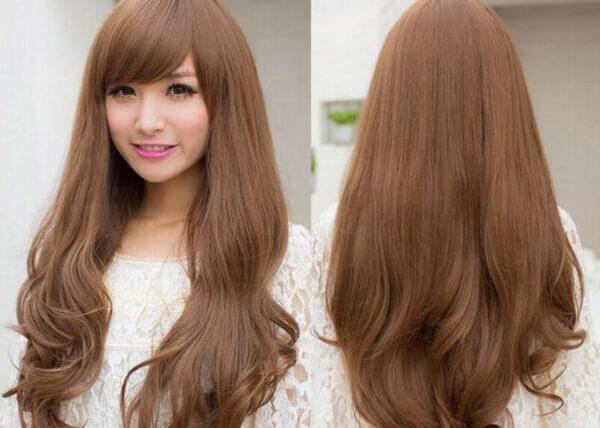màu tóc nâu hạt dẻ đã được áp dụng rất lâu