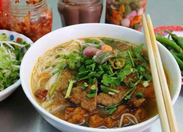 Bún Chả Cá trên Nguyễn Chí Thanh