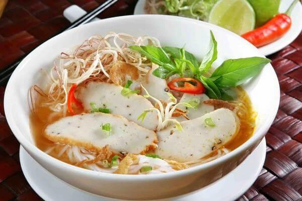 Quán bún chả cá & bún riêu bà Ân tại Hùng Vương