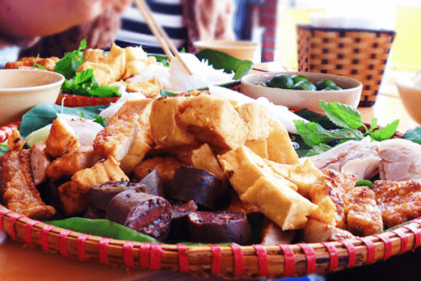 Quán bún đậu mắm tôm lòng nướng – Hoàng Cầu