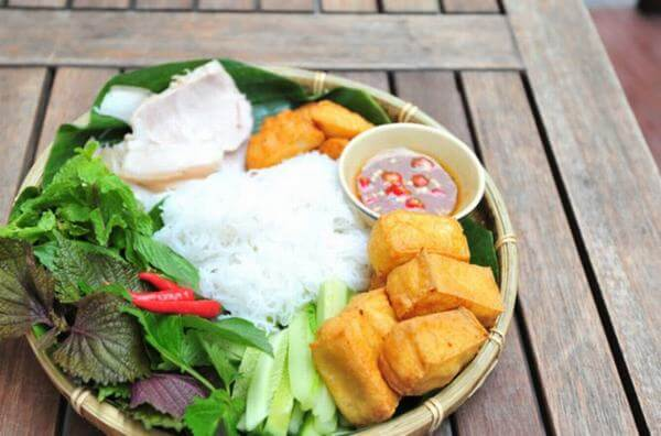 Quán bún đậu mắm tôm ở Hà Nội: Trung Hương, Hàng Khay, Nghĩa Tân