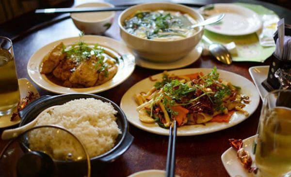 Cơm Chay Thiền Tịnh – Vũ Huy Tấn