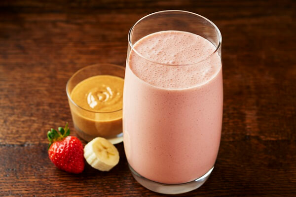 Smoothie là một thức uống pha trộn, pha chế từ trái cây