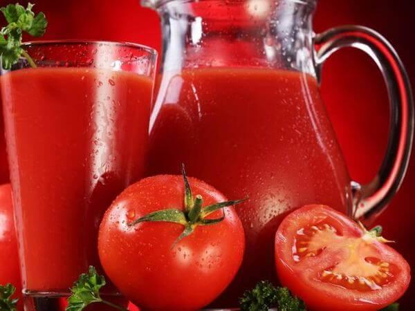 Cà chua không chỉ giúp giảm cân mà còn mang lại làn da mịn màng, trắng hồng