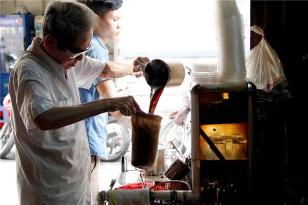 Những quán cà phê pha vợt ít ỏi ở thành phố Hồ Chí Minh (Ảnh: Internet)