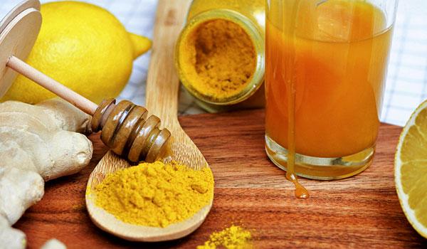 Bài thuốc trị đau bao tử bằng nghệ và mật ong