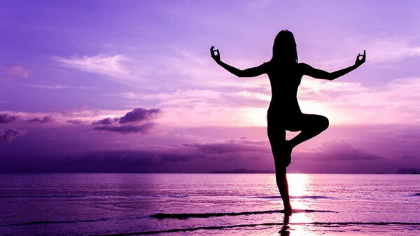 Người bị đau dạ dày có nên tập gym, tập thể hình, chạy bộ, đá banh không?