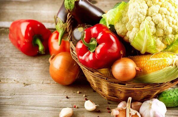 Chế độ ăn uống là một yếu tố quan trọng để làm giảm trào ngược dạ dày