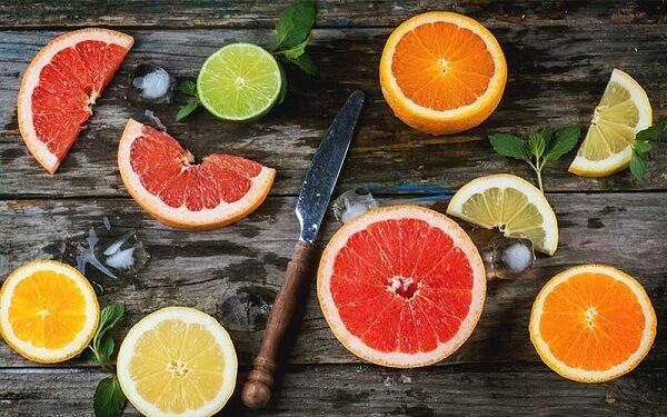 Người bị trào ngược dạ dày ko nên ăn các thức ăn, đồ uống vị chua chứa nhiều axit