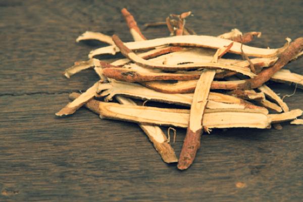 Cách chữa bệnh trào ngược dạ dày bằng gốc cam thảo - Các bài thuốc dân gian chữa trào ngược dạ dày thực quản tại nhà