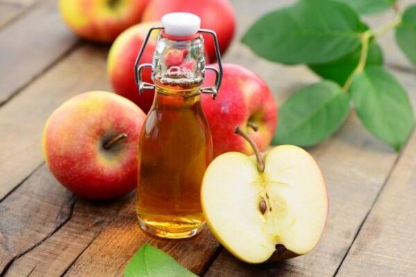 Uống giấm táo